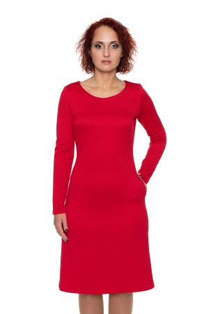 spausto rašto raudona suknelė