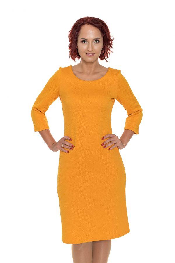 Oranžinė spausto rašto suknelė pusilgėmis rankovėmis