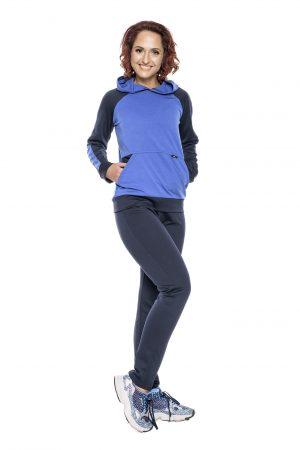 Mėlynas sportinis kostiumas